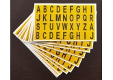 Verschillende zelfklevende letters op vel - H 15 PROVOST