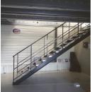 Metalen trap  voor platform PROVOST
